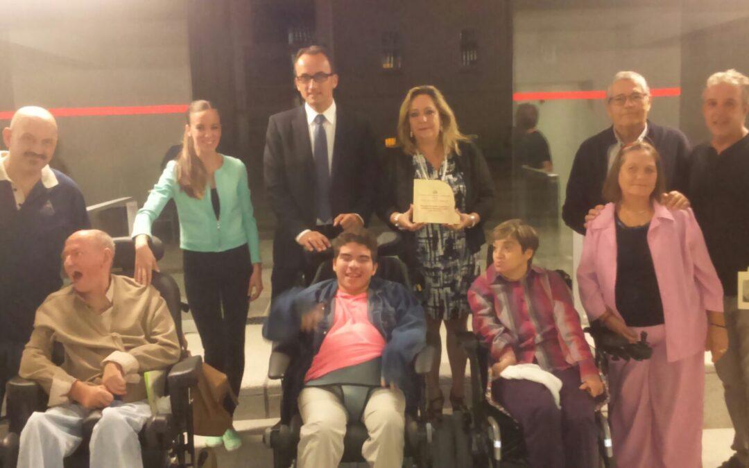 ASPACE Granada recibe recibe el premio BARRETA 2015 a la Solidaridad
