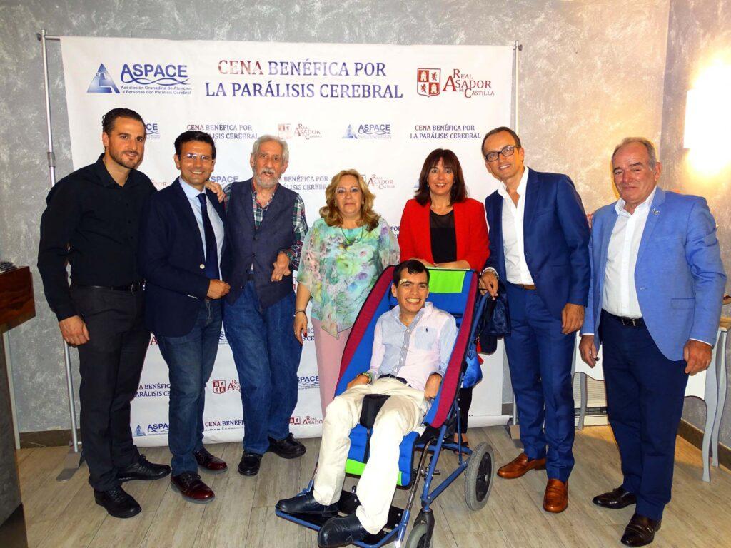Antonio Moya, Autoridades, familiares y amigos de ASPACE en la 3ª Cena benéfica Real Asador de Castilla